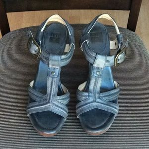 FRYE DARLING Leather Sandals